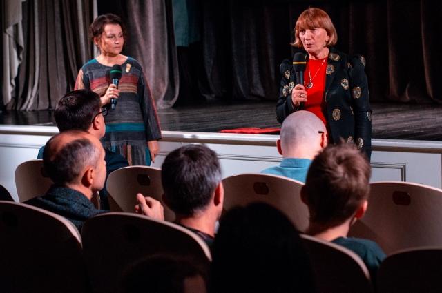 Первый показ фильма состоялся в 76-ю годовщину освобождения Ленинграда от блокады.