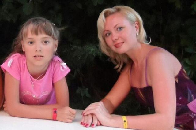 Наталья родилась в 2004 году, росла жизнерадостным и весёлым ребёнком, с самого детства занималась танцами