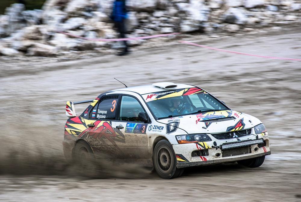 3 место «Ралли Адыгея» – экипаж Олег Топоров и Полина Мухина на MITSUBISHI Lancer Evo IX