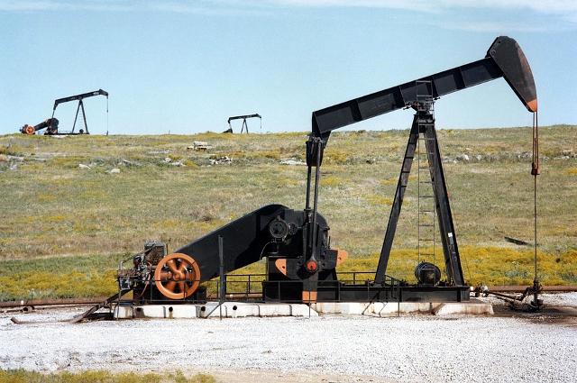 Нефтяное месторождение.