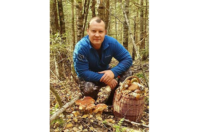 Олег Брячак с грибами