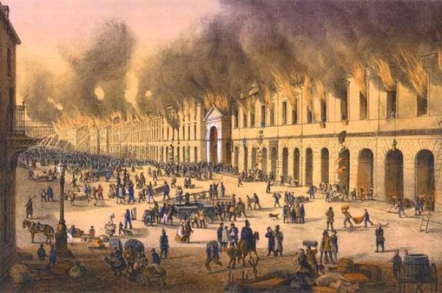 За все время со дня основания Петербург ни разу не сгорел дотла.
