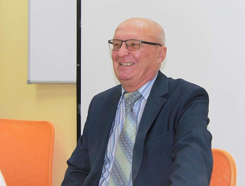 Виктор Мелешкин в орагнах правопорядка отслужил 33 года.