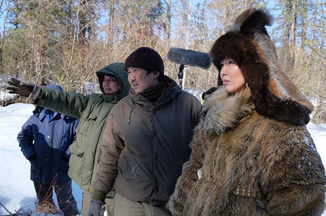 Для актеров была пошиты меховые головные уборы и верхняя одежда.