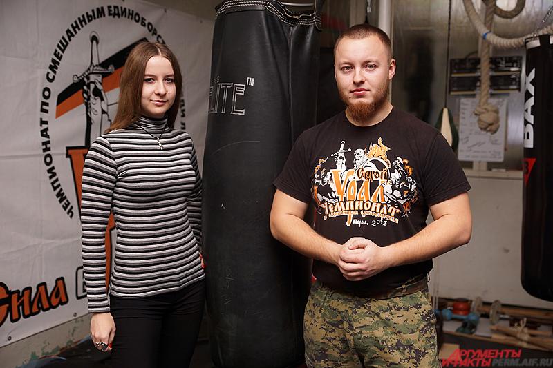 тренер спортивного клуба «Ратибор» Антон Климови вместе со своей помощницей Юлией.