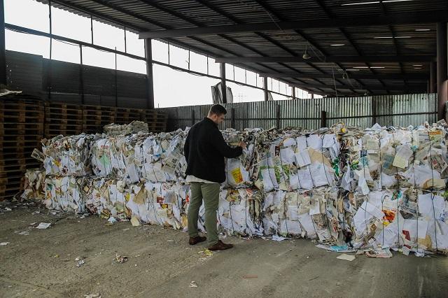 От мусора нужно своевременно избавляться!