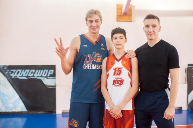 Александр надеется, что фильм повлияет на популяризацию баскетбола в России.