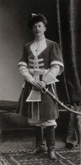 Граф Игнатьев на костюмированном балу 1903 г.