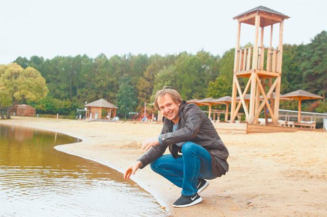 Телеведущий иактёр Антон Арцев обожает Солнцево за прекрасную экологию: «Воздух просто сшибает сног, прямо есть его хочется, таким он кажется вкусным».