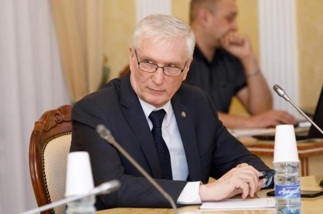 В. Коваленко.