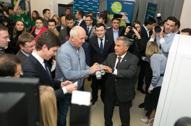Пилотный проект в Казани поможет создать сеть фандоматов по всей стране.