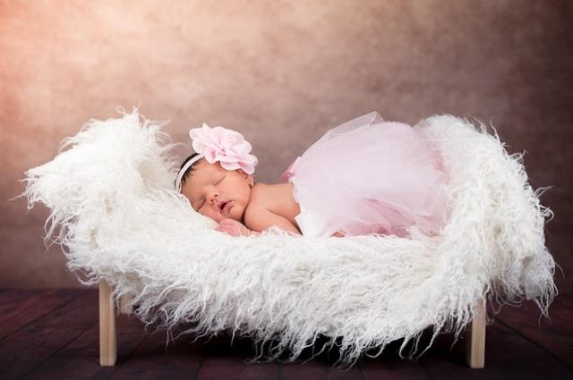 Первая фотосессия малыша - самая волшебная.