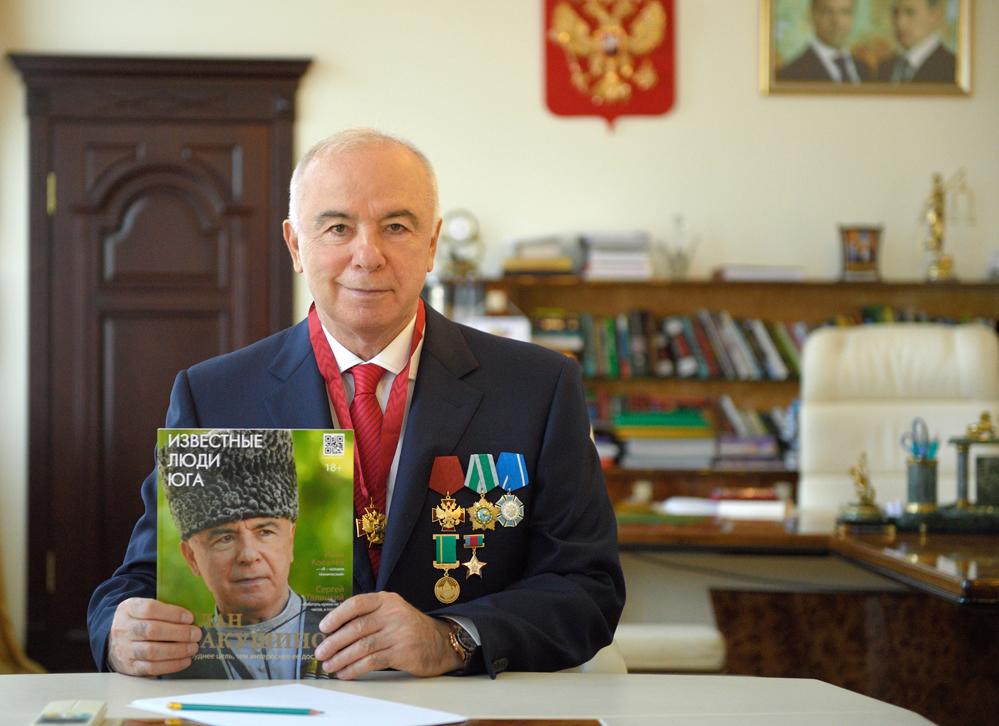 Глава Адыгеи Аслан Тхакушинов.