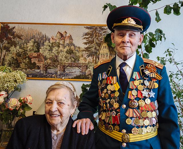 Фарах Хайрутдинов с женой Аминой.