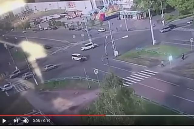 Пешеход оказался под колесами иномарки.