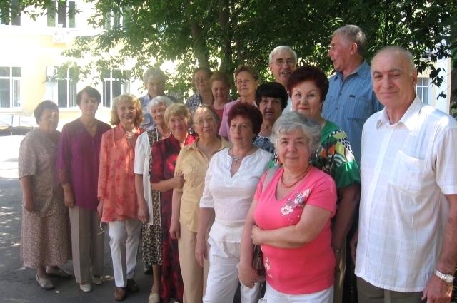 первый раз собрались на 45-летие окончания школы.
