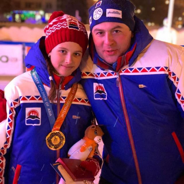 Арина Солдатова с тренером Максимом Ихсановым.