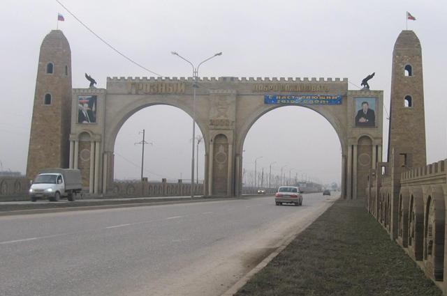 Триумфальная арка Грозный в Чечне