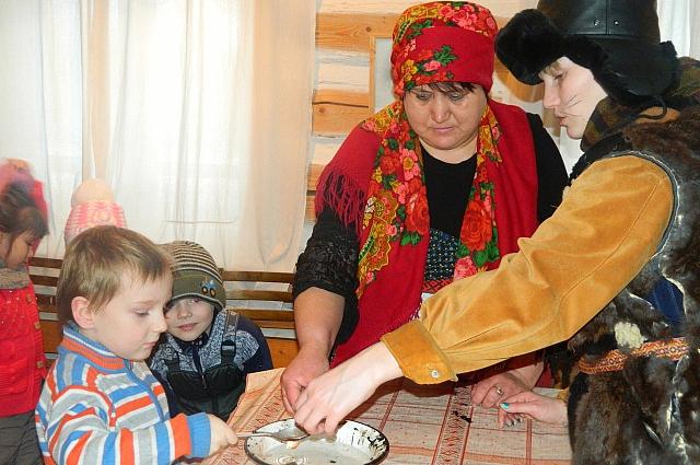 Национальная кухня коми-пермяков содержит и привычные для многих блюда – например, пельмени.