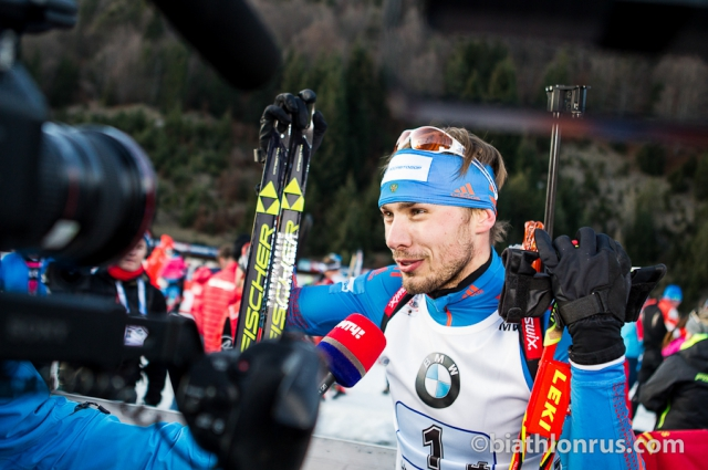 Биатлонист Алексей Шипулин