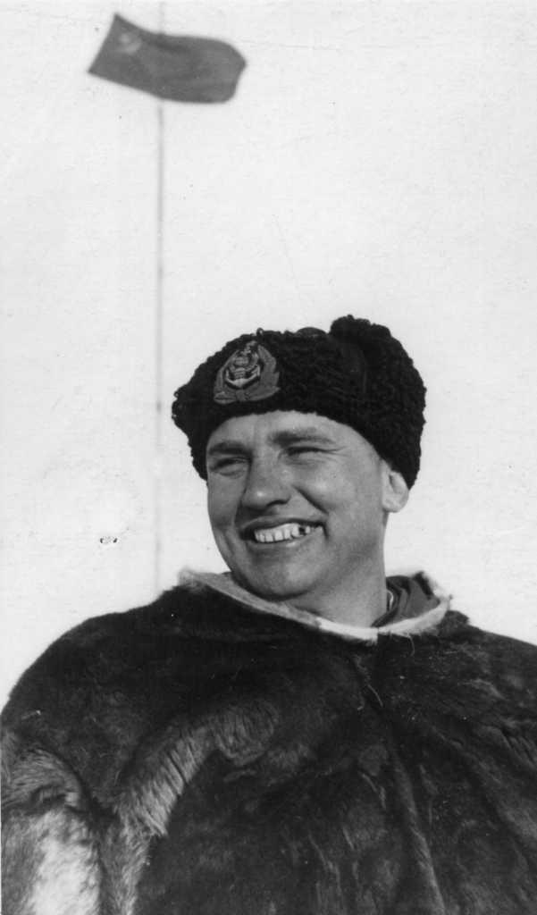 Участник 22 полярных экспедиций академик Трёшников.