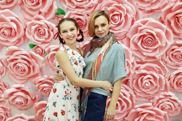 Светлана с дочерью.