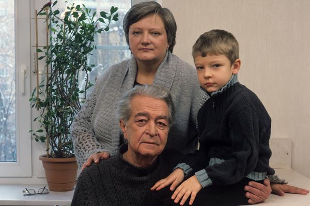 Владимир Сошальский с семьёй.