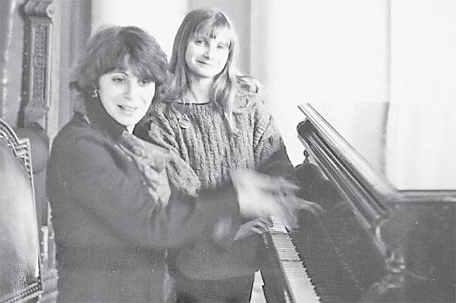 Фаина Захарова любила играть напрекрасном рояле встаринной усадьбе Знаменское-Садки.