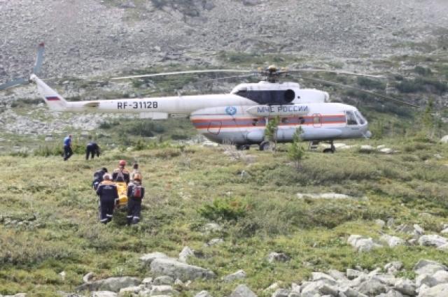 В августе только за одну неделю пришлось трижды вызывать авиапомощь - вертолёт МЧС, базирующий в Абакане, чтобы доставить пострадавших.