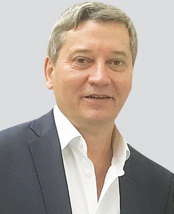 Динар Галиев