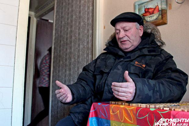 Виталий Дегтярёв часто вспоминает, как однажды работал пожарным