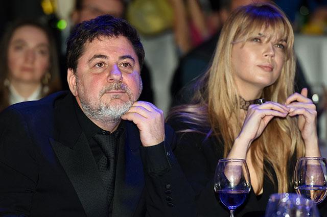 Александр Цекало с супругой Викторией Галушко.
