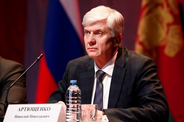 Глава администрации Усть-Лабинского района Николай Артющенко.