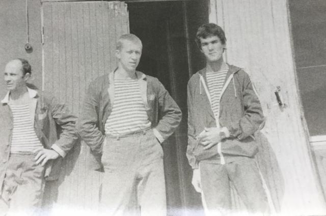В военном госпитале. Роман Курбанов - крайний справа.