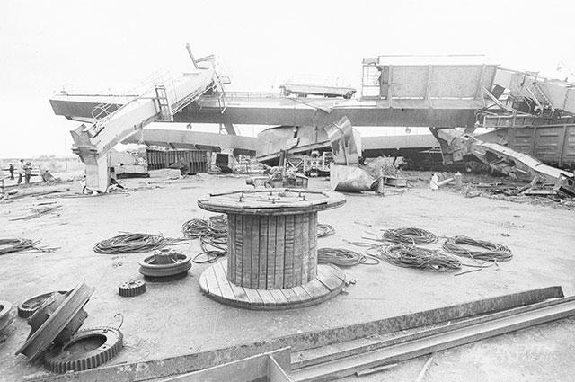 Тот самый 350-тонный кран на стации «Текстильщик».