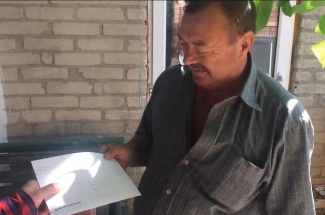 Журналисты DonDay собрали водителю скорой помощи «народную премию» - больше 26 тыс. рублей.