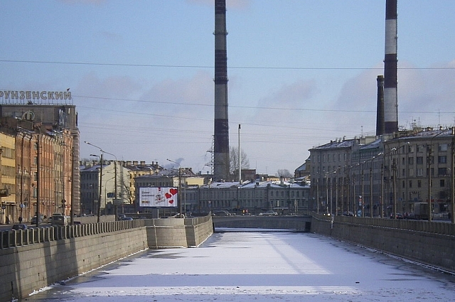 Захватив Центральную электростанцию, революционеры отключили свет в Зимнем дворце.