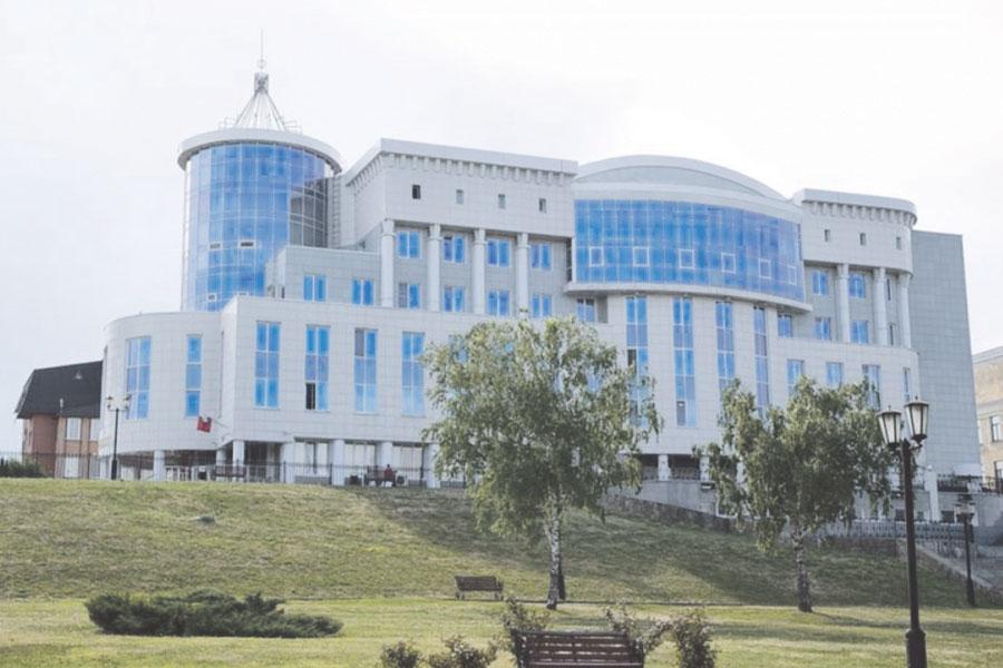 Многие здания города — заслуга проектировщиков института.