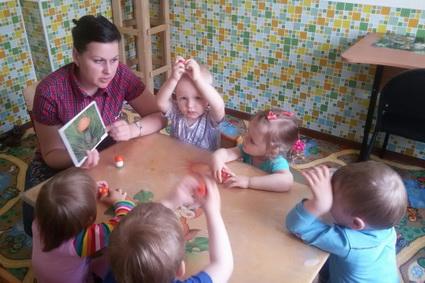 Поддержка позволяет снизить родительскую плату за нахождение детей в частном детском саду.