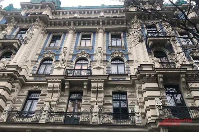 Старинное здание Риги.