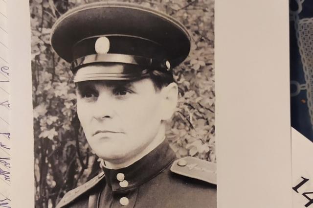 На Тоцкий полигон Петр Мазин попал 28-летним старшим лейтенантом в составе механизированного полка Брестского гарнизона.