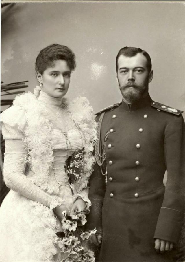 Николай II и Александра Федоровна проживут в браке 23 года.