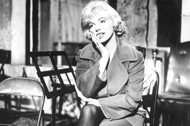 Мерилин Монро - секс-символ ХХ века. Сама себя она считала дурнушкой