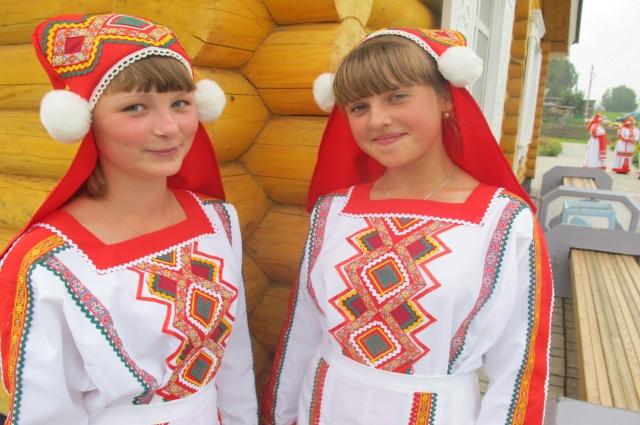 Каждая мордовская девушка с детсва умела вышивать.