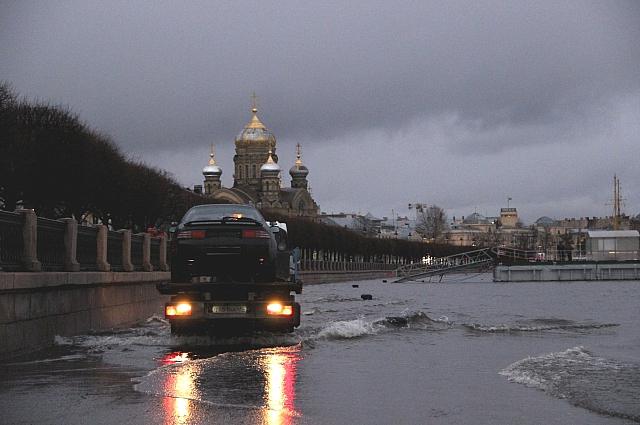 Васильевский остров чаще всего затапливается наводнениями.