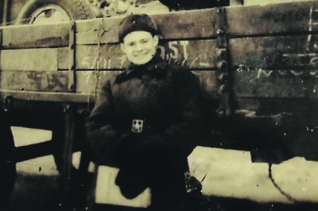 Под обстрелом пиротехник Пётр Сувернев доставлял боеприпасы на передовую.