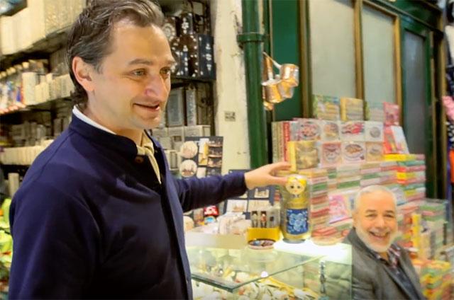 Александр Пряников на рынке Гран-бзара в Стамбуле.