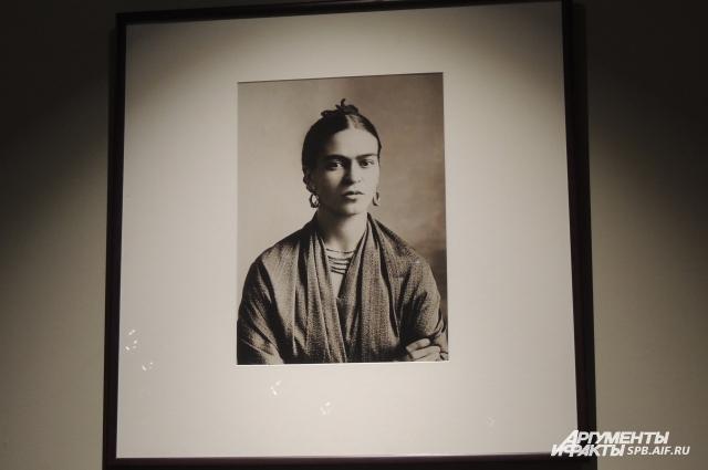 На выставке представлены фотографии художницы разных лет.