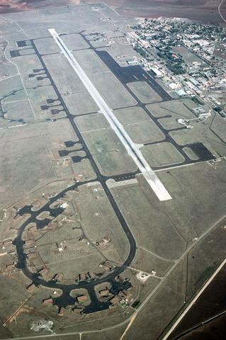 База ВВС США Инджирлик, воздушный снимок ВПП, 1987 год