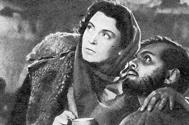 Любовь Соколова и Павел Кадочников в фильме «Повесть о настоящем человеке», 1948 год